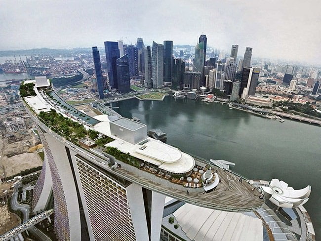 Sky-Park-in-Marina-Bay-Sands-Singapore-1-1