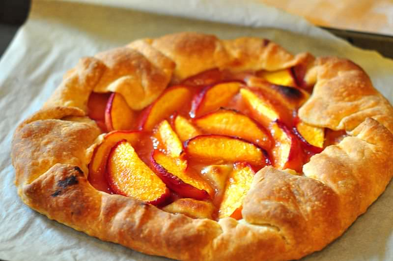 Peach crostata at zunni cafe