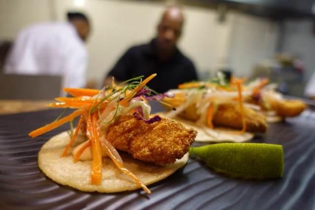 Catfish-Tacos-chicago-640x428