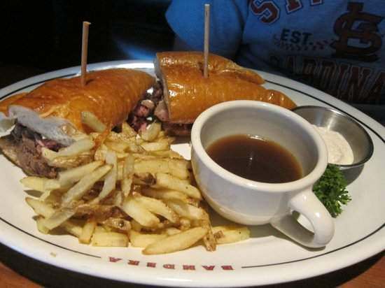 Prime-Rib-Sandwich-bandera-restaurant