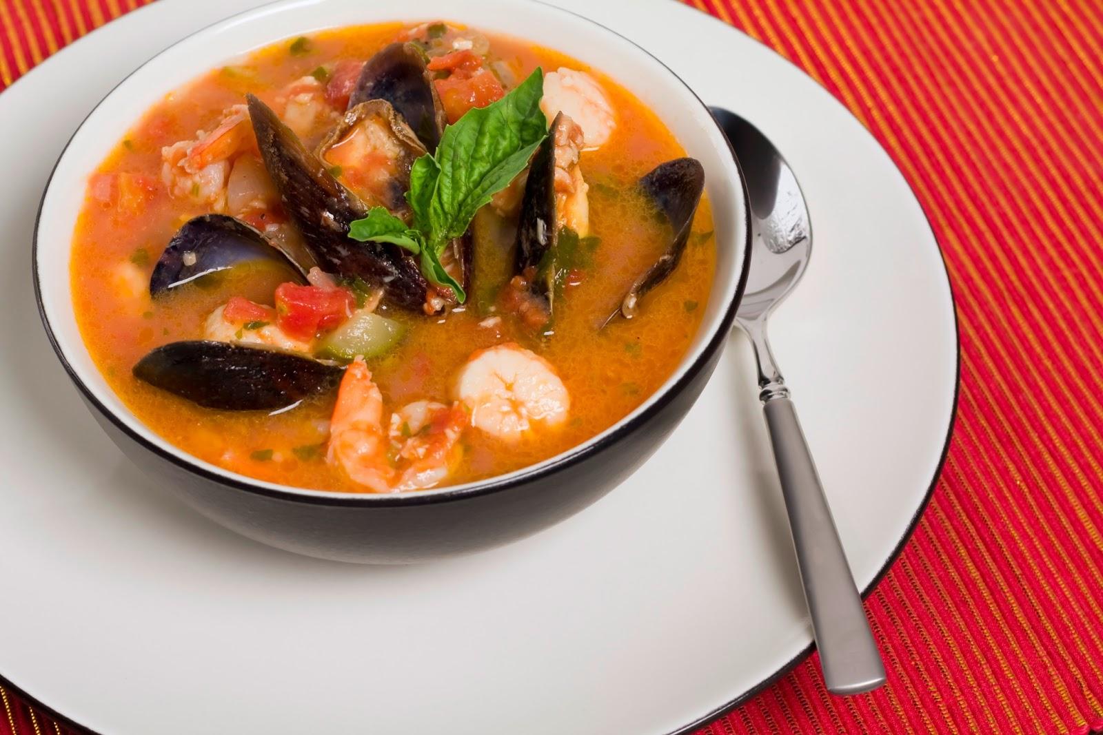 16 traditional salvadoran foods flavorverse for Cocinar 7 mares