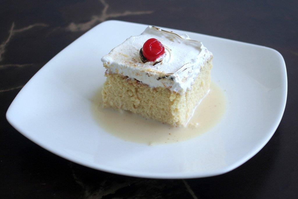 El Salvador Cake