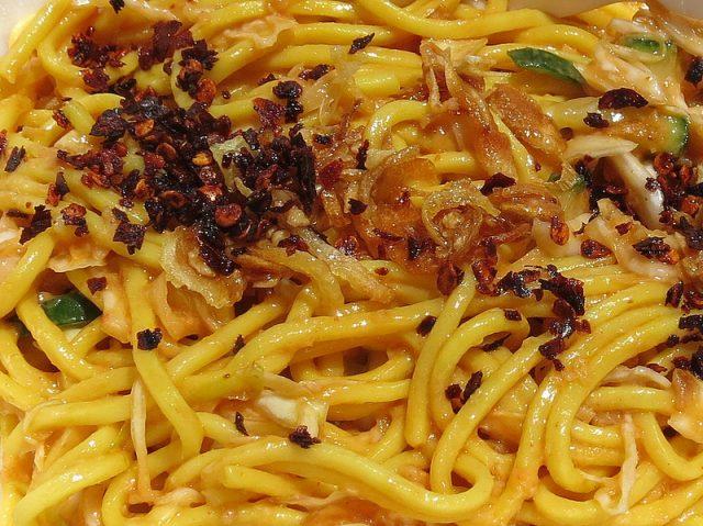 Images of Khauk Swè Thoke Burmese Food