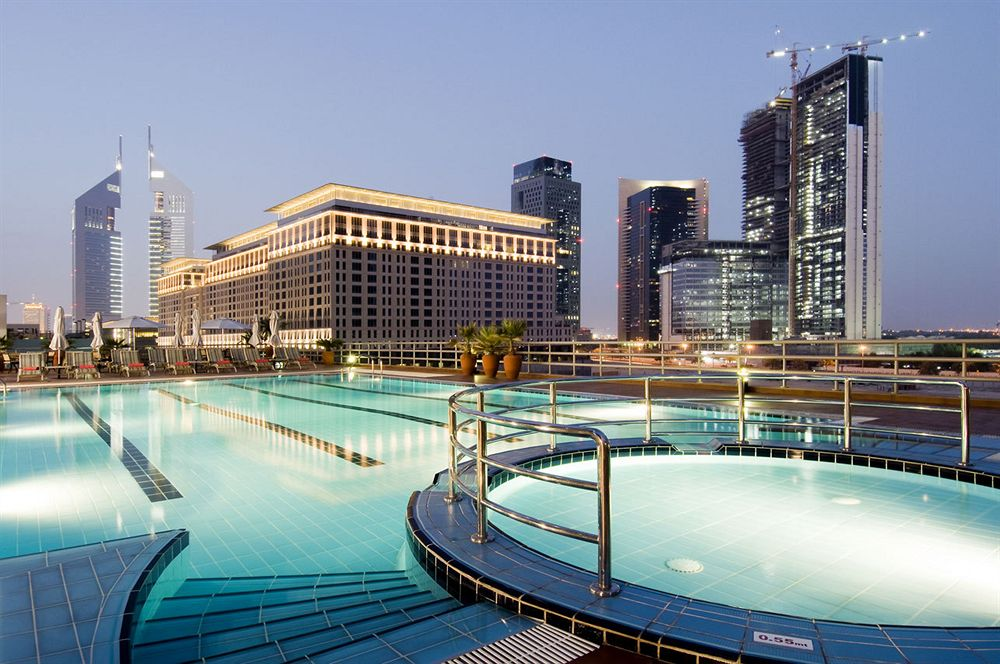 10 of the tallest hotels in the world flavorverse - Tallest swimming pool in the world ...