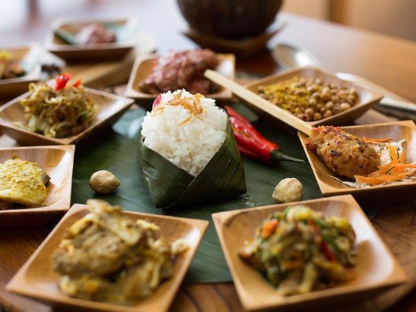 Indonesian Dutch Food Rijsttafel