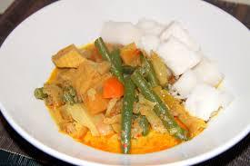 Lontong Vegetarian Indonesian Dish