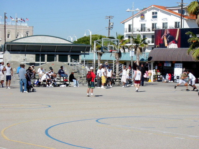 Basketball Court Things to do in Venice Beach