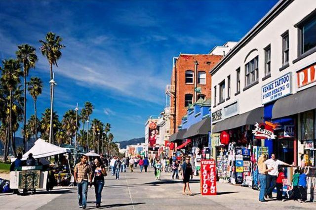 Boardwalk Things to do Near Venice Beach
