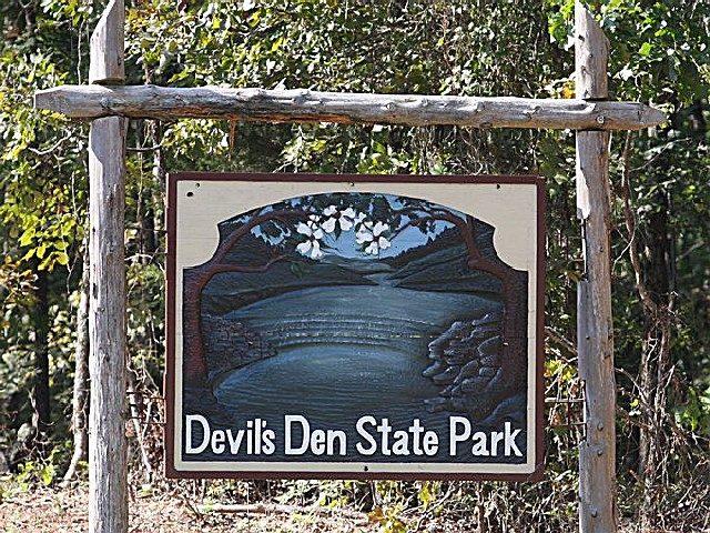 Devil's Den Arkansas Camping