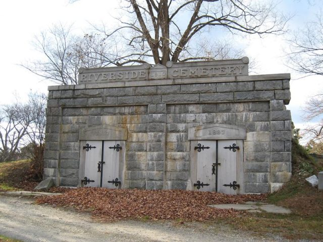 Riverside Cemetery Haunted Maine