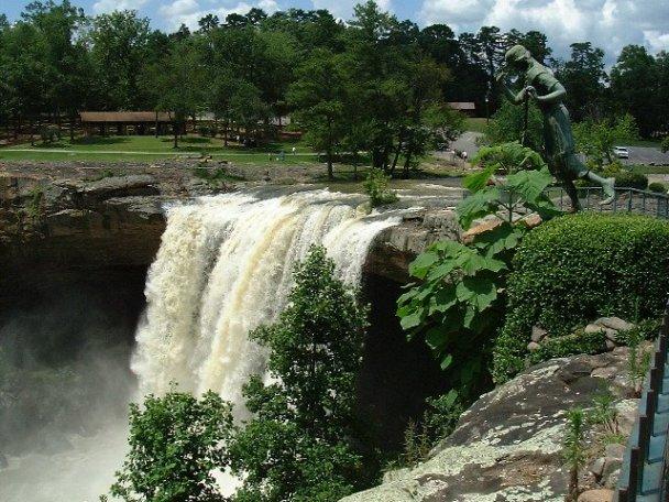 Waterfalls Alabama Noccalula Falls