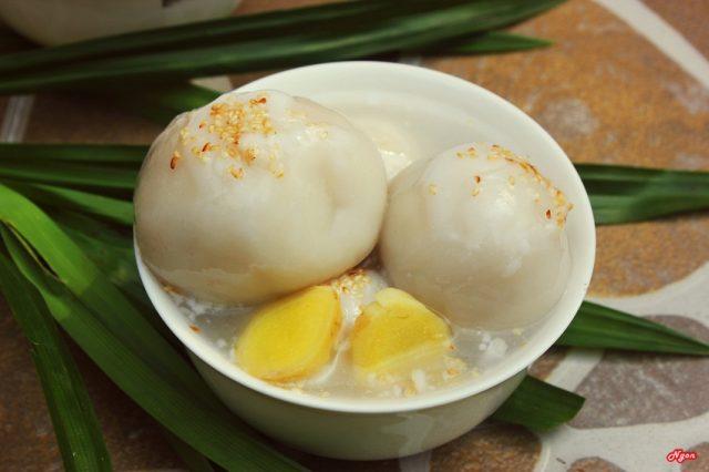 Che Troi Nuoc Traditional Vietnamese Rice Dessert