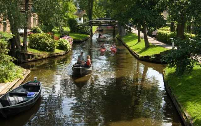 Day Trips Amsterdam Giethoorn