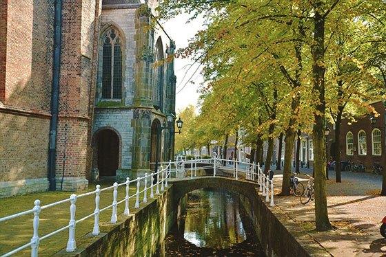One Day Trip Amsterdam Delft