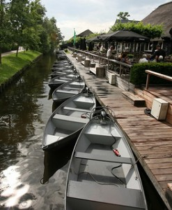 One Day Trip Amsterdam Giethoorn