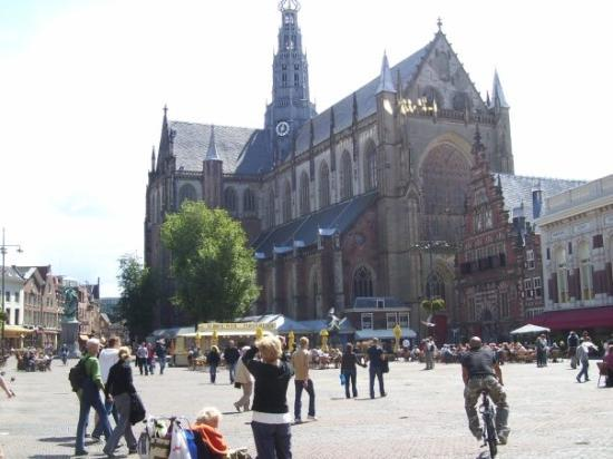 One Day Trip from Amsterdam Haarlem