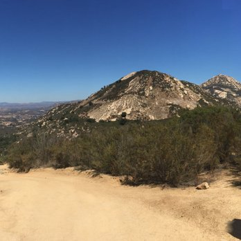San Diego Hiking Trails El Cajon Mountain