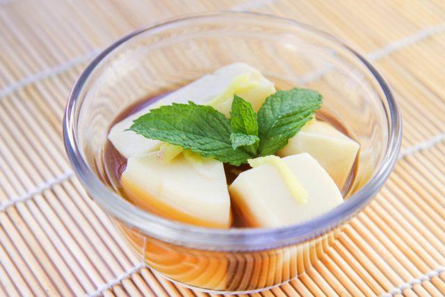 Tau Hu Nuoc Duong Popular Vietnamese Tofu Dessert