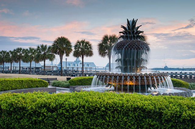 Things to do for Free Charleston SC Waterfront Park