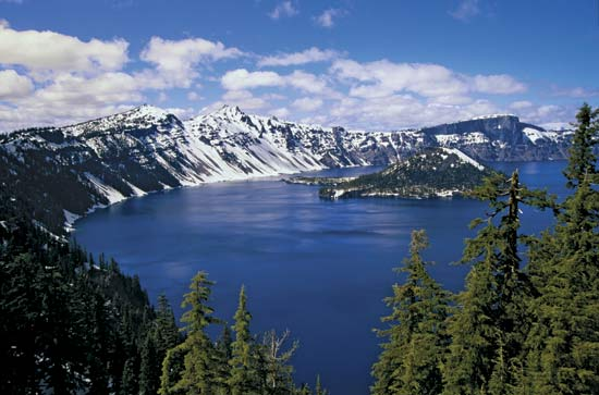 Deepest Lakes United States Crater