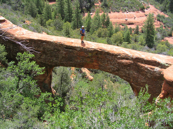 Hiking in Sedona Vultee Arch Trail
