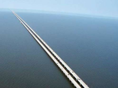 Lake Pontchartrain Causeway Longest Bridge in USA Louisiana