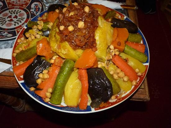 Moroccan Couscous – The Typical 7-Vegetable Dish