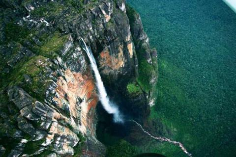 The Tallest Waterfall in the World Angel Falls
