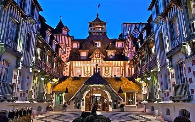 1 Day Trip from Paris Deauville