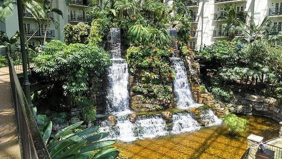 Free Things in Nashville Opryland Hotel Gardens