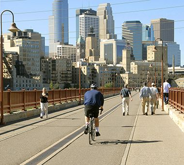 Free Things to do in Minneapolis this Weekend the Stone Arch Bridge