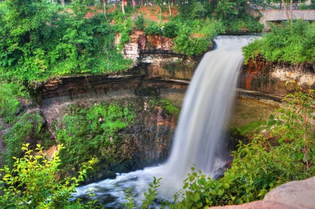 Fun Things to do in Minneapolis for Free Minnehaha Park