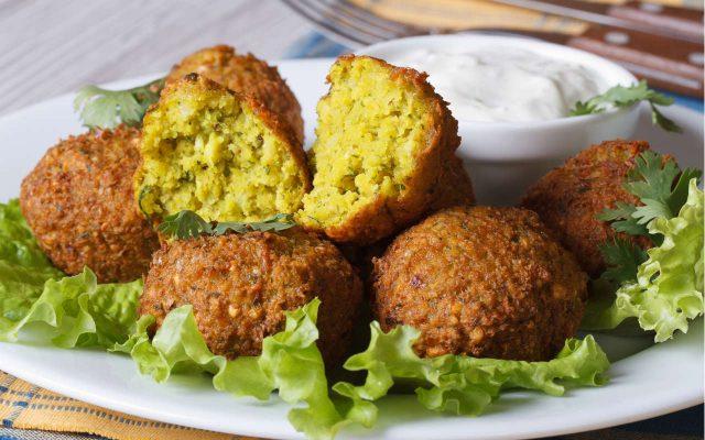Falafel – Classic Vegetarian Street Food