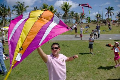 Fun Things to do in Miami for Free Kitetober Festival