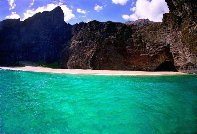 World's Most Beautiful Beaches Honopu