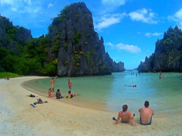 World Most Beautiful Beaches El Nido