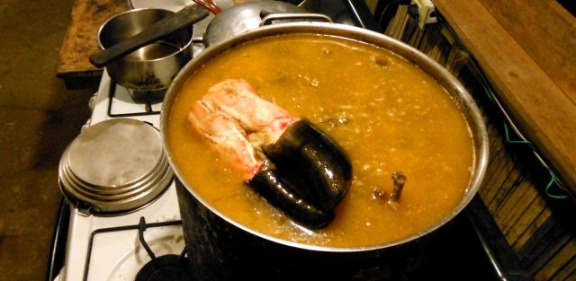 Cowfoot Soup – Slow-cooked Cow Leg & Hoof