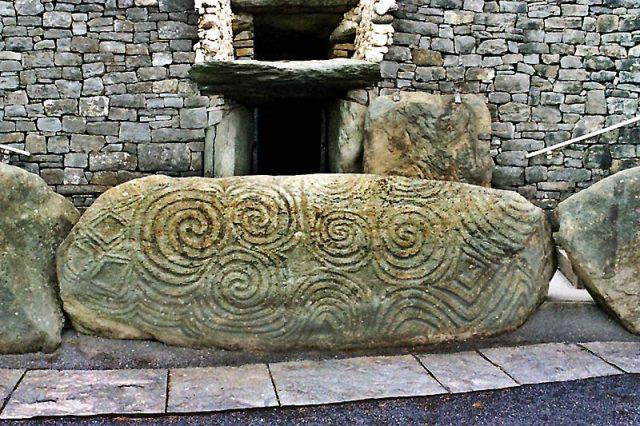 Dublin Day Trip Tours Newgrange