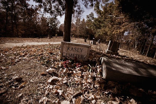 Haunted Places in Elizabethtown Cemetery Kentucky