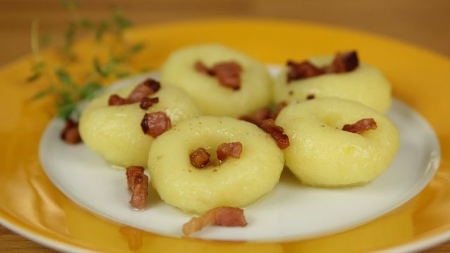 Kluski – Common Polish Appetizer Dessert