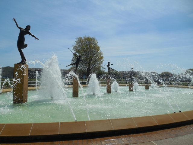 Romantic Free Things to do in Kansas City KC