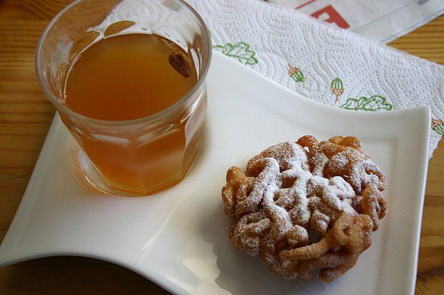 Tippaleipä Finnish Food