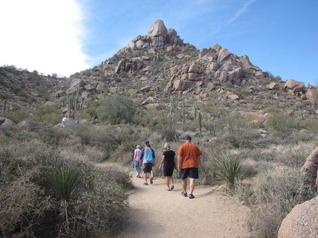 Pinnacle Peak Phoenix Hiking Trail in North Phoenix