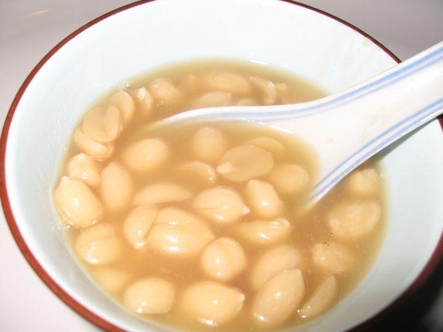 Chinese Sweet Peanut Soup Dessert