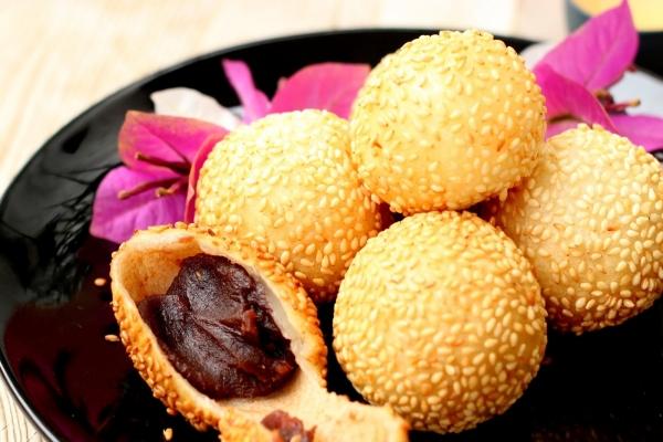 Jian Dui Chinese Dessert Balls