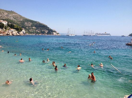 Lapad Bay Beach in Croatia for Vacation