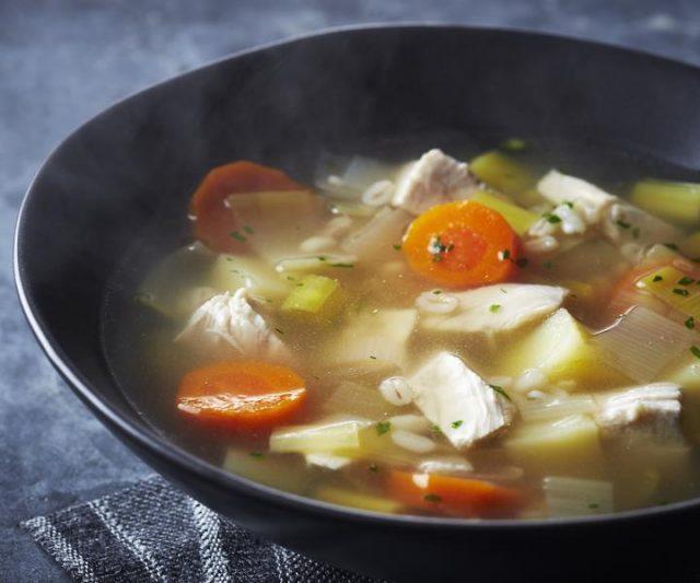 Scottish Christmas Cock-a-Leekie Soup Dinner-Starter