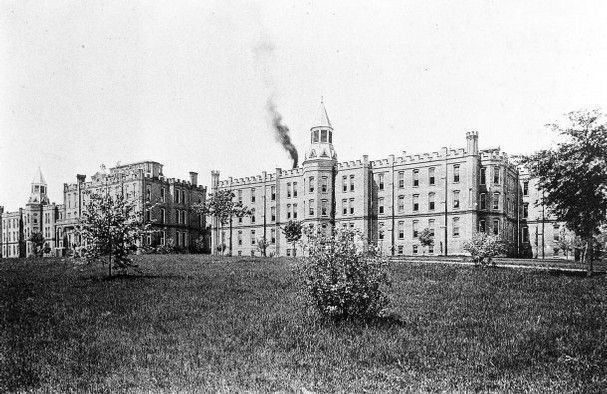 Tennessee Haunted East Asylum for the Insane