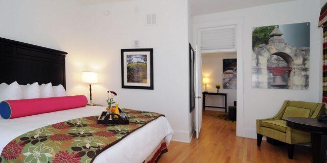 Hotel Indigo San Antonio Haunted