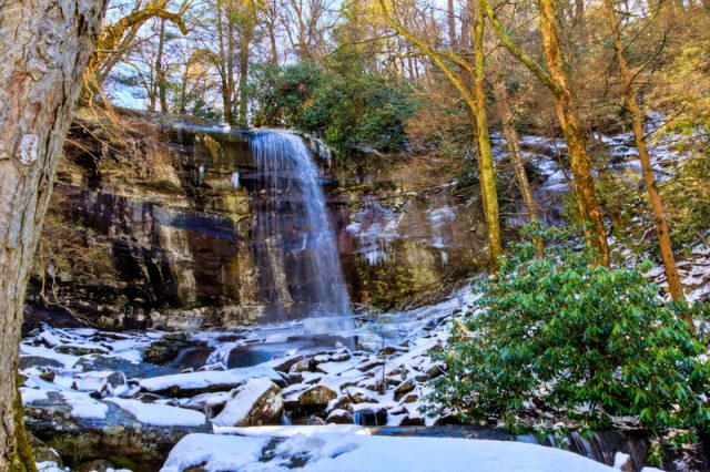 Rainbow Falls Best Waterfalls in Tennessee